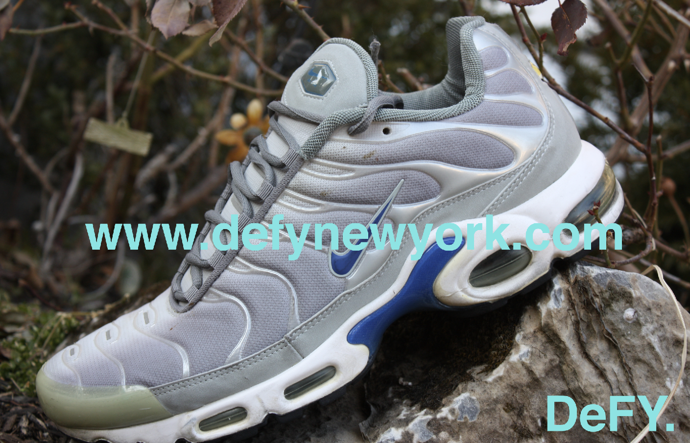 newest 9daad 78651 The 1999 Nike Air Max Plus Neutral Grey/ Royal Blue Review ...