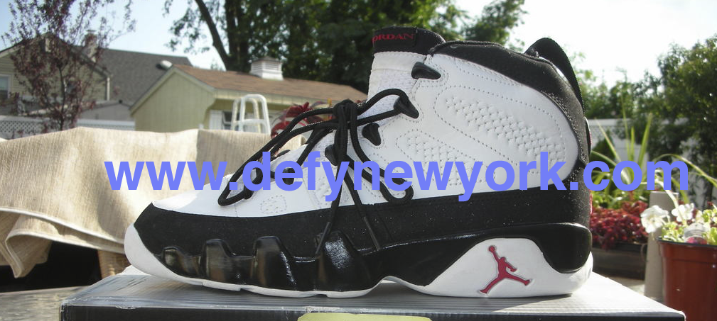 The quality and comfort on these is very good. This is a retro of the  original colorway from 1994 Jordan. Below are pictures of from the DeFY.