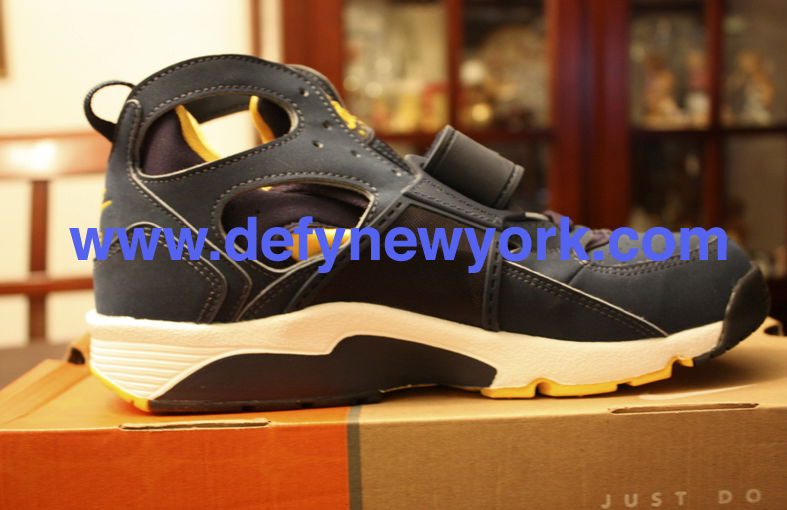 b3ed42b7b9e90 If you plan on wearing them a lot pick up something to waterproof the  nubuck. Below are pictures from the DeFY. New York Photo Vault.