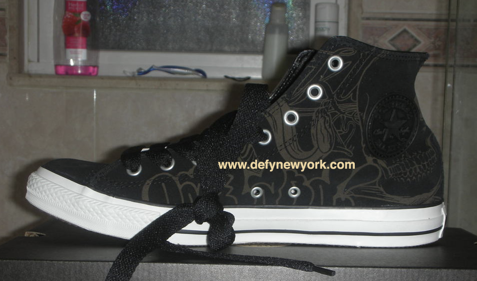 ff3469e6f2da77 (The white version of the Mike Giant Chuck T was the Womens Version. Below  are pictures of the Black pair from the DeFY. New York Photo vault enjoy!